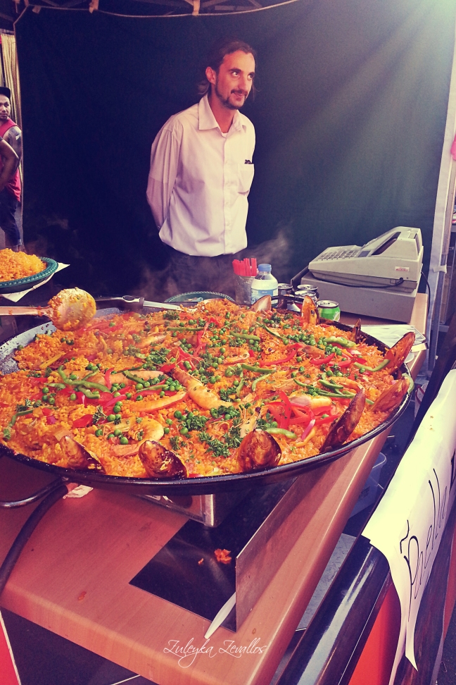 Paella at the Latin festival, Melbourne. Photo: Zuleyka Zevallos
